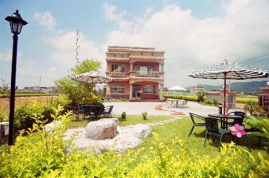 Campestral garden : Courtyard Hot Spring Villa