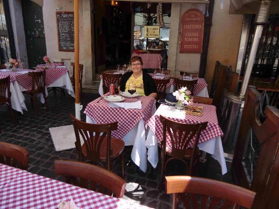 هوتل سميرالدو: Il pranzo al Pantheon 