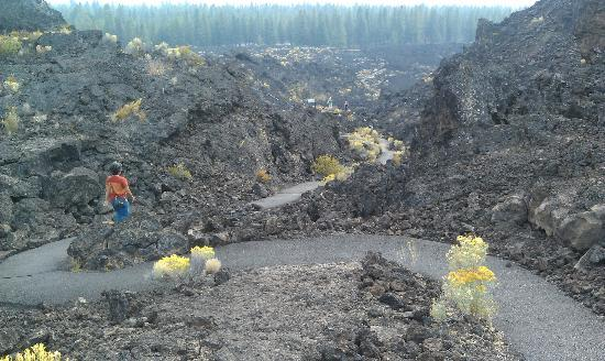 Bend, OR: Trail of Molten Land