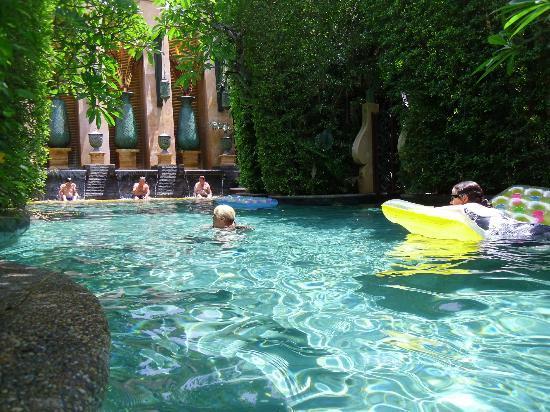 Sawasdee Village: villa pool