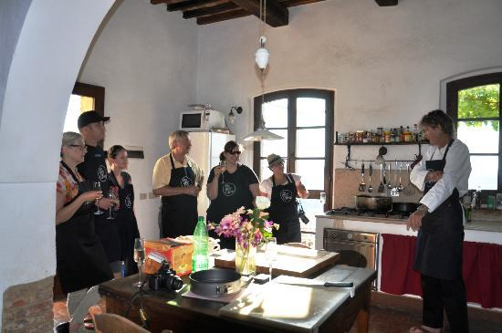 Podere Finerri: During the wonderful cooking class at The Lazy Olive