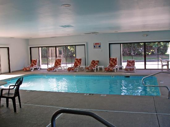 Sleep Inn: Indoor Pool