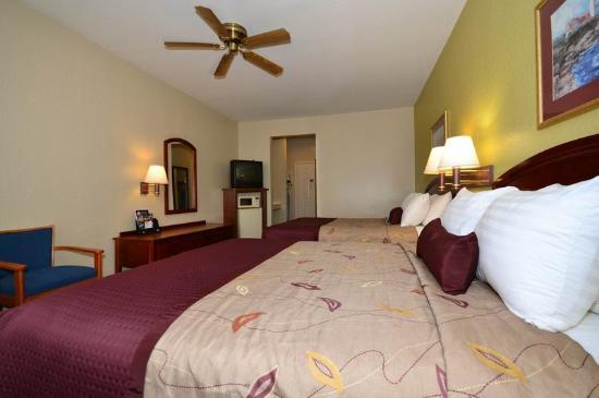 BEST WESTERN PLUS Northwest Inn & Suites: Guest Room