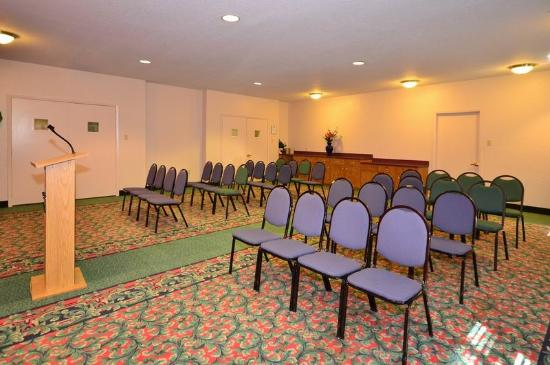 BEST WESTERN PLUS Northwest Inn & Suites: Meeting Room