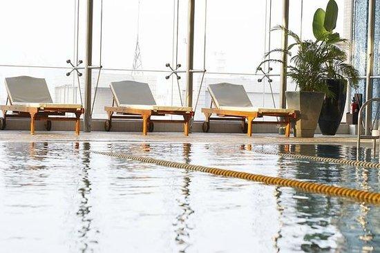 Tayih Landis Tainan : Indoor Heated Swimming Pool