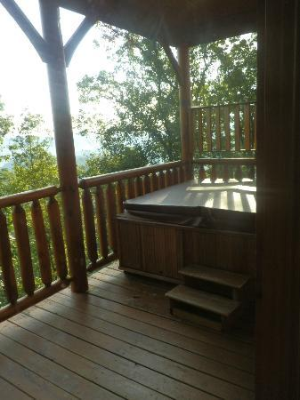 Gatlinburg Falls Resort: Hot tub