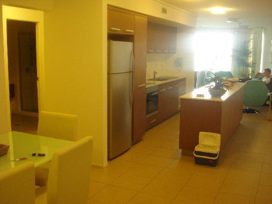 Searene Whitsundays : Kitchen