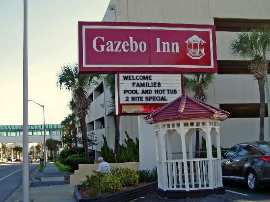 Gazebo Inn Ocean Front: Sign