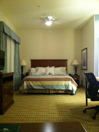 Homewood Suites by Hilton Wilmington/Mayfaire: comfy bed :-)