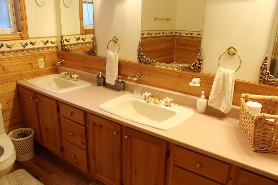 The Flying Dutchman Bed & Breakfast: His and Hers sinks in the private bathroom