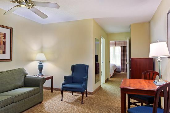 伊利諾斯州埃爾金卡爾森鄉村旅館及套房飯店照片