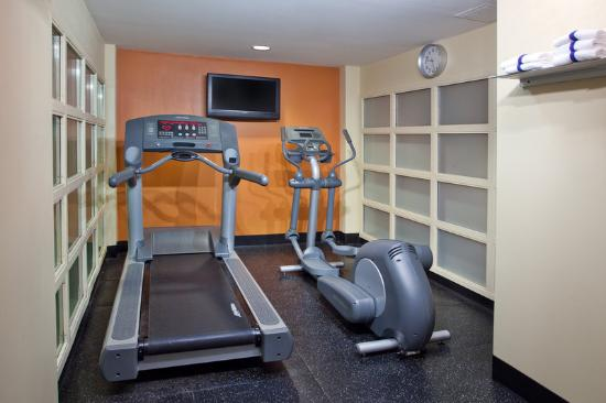‪‪Country Inn & Suites By Carlson, Anderson‬: CountryInn&Suites Anderson FitnessRoom‬