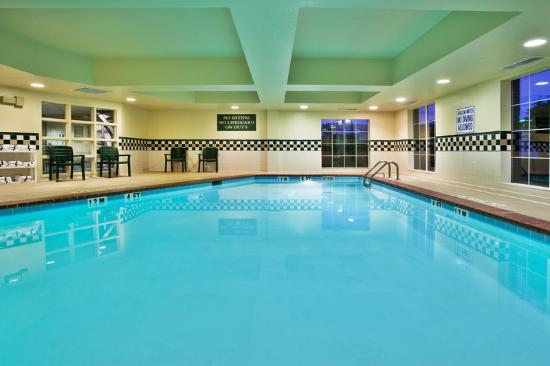 ‪‪Country Inn & Suites By Carlson, Anderson‬: CountryInn&Suites Anderson Pool‬
