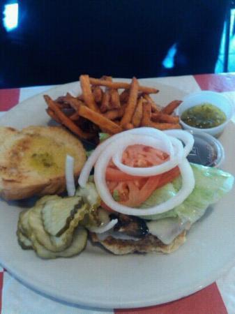 Johnny Angel's Heavenly Hamburgers: veggie burger and sweet potato fries