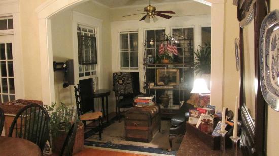 Marshall Slocum Guest House: Garden room