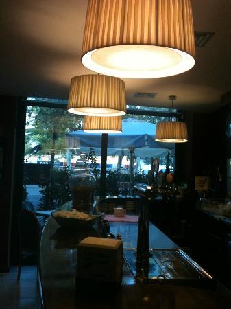 Trattoria Pizzeria Ai Bastioni: restuarant bar area