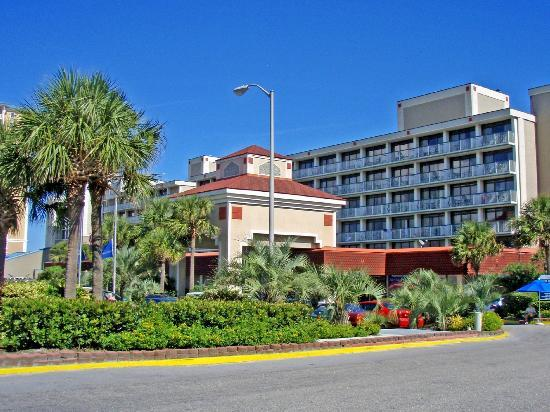 Westgate Myrtle Beach Oceanfront Resort: Front Entrance Area