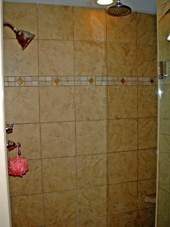Westgate Myrtle Beach Oceanfront Resort : Dual Head Shower