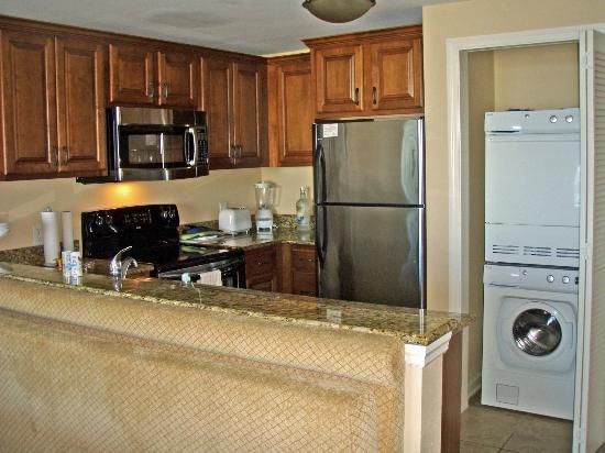 Westgate Myrtle Beach Oceanfront Resort : Kitchen Area