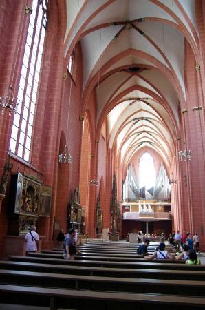 Interior Frankfurt inside frankfurt cathedral picture of cathedral of st bartholomew