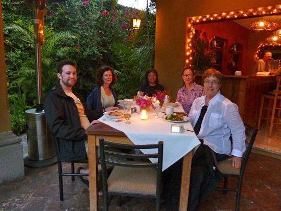 Restaurante Epicure: Epicure - celebrating our last night in Antigua