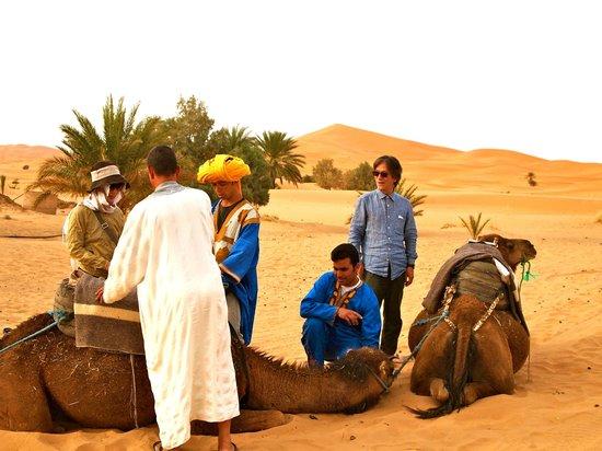 Hotel Ksar Merzouga: 砂漠の奥地へ向かう