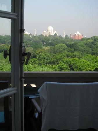 The Oberoi Amarvilas: Hello Taj Mahal