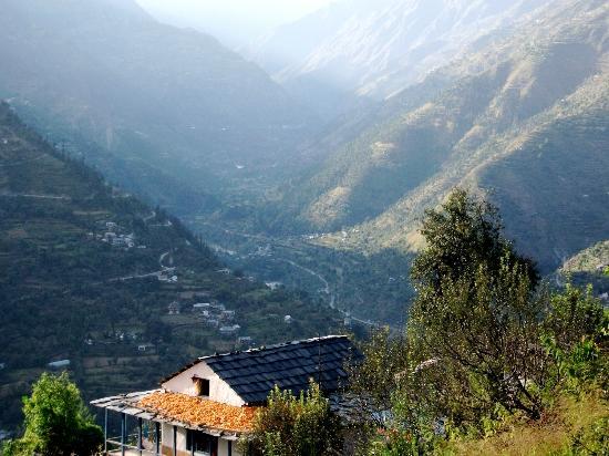 Camp Himalayan : View around
