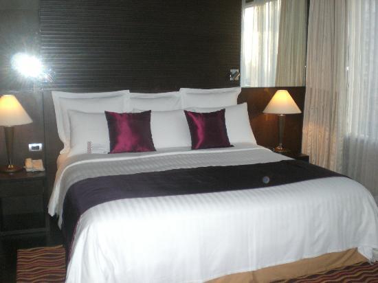 Sukhumvit Park, Bangkok - Marriott Executive Apartments: Lovely Bed 