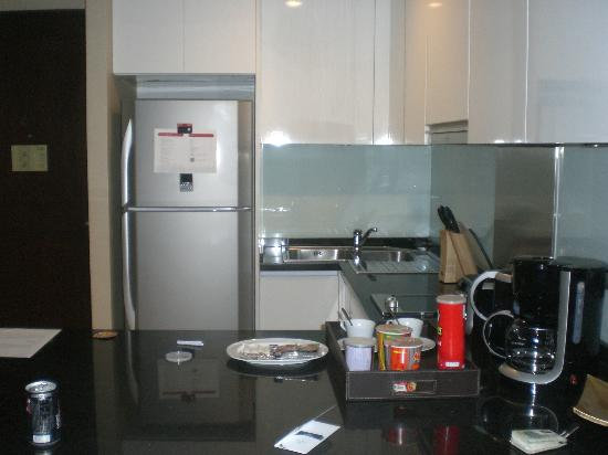 ‪‪Sukhumvit Park, Bangkok - Marriott Executive Apartments‬: Kitchen