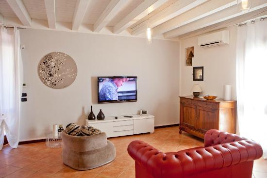 La Settima Onda: Living room