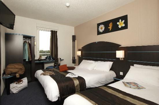 Akena City : Chambre Triple Akena Dol de bretagne.www.hotels-akena.com