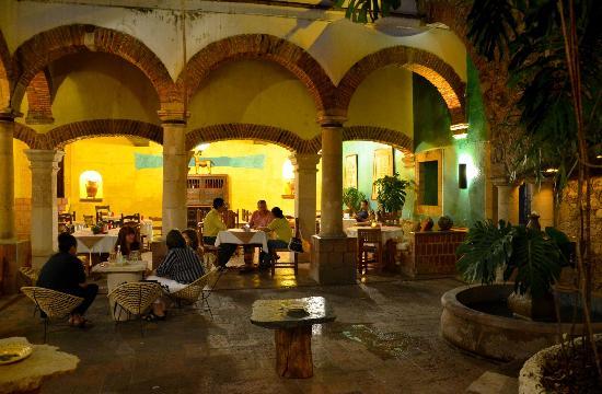 747d313f4c7c Ubicado en un ambiente tranquilo y colonial en el centro de Taxco ...