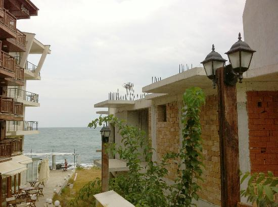 Fjord Hotel Sozopol: Real View of the hotel