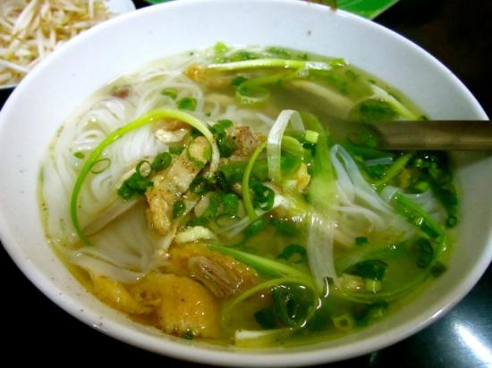 New Life Hue Hotel: Pho at nearby food stall
