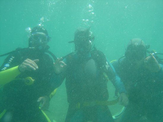 Blue Explorers Tenerife: under water having a good time!