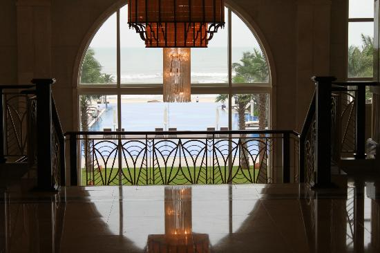 Vinpearl Da Nang Resort & Villas: In the foyer