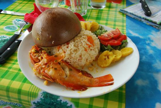 Le Cap Malo: La case créole à KRIKRI anse à la barque ! SUPER BON et prix raisonnable !
