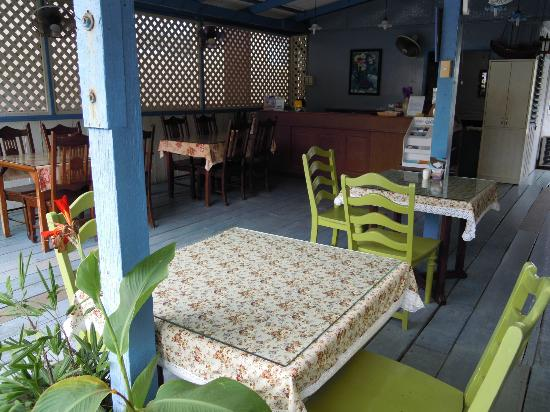 Fulay Guest House: The fine eating area, very relaxing