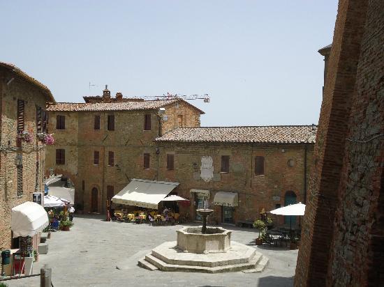 Il Caffe della Piazza : Beautiful piazza in Panicale