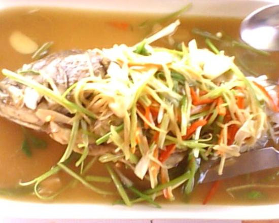 Chan Restaurant : Steam Fish with soya sauce