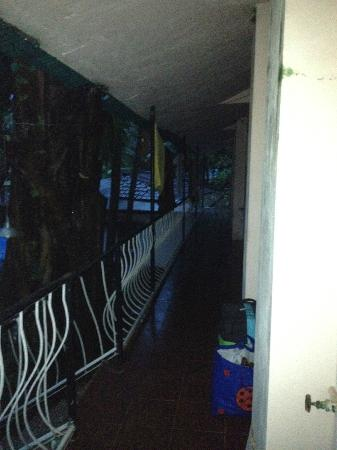 Pritam's Cottages: First floor passageway