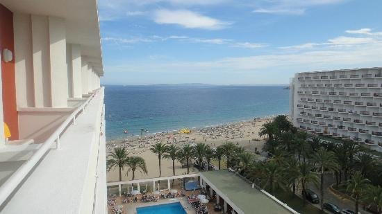 Ushuaia Ibiza Beach Hotel: Beach view