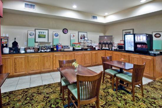 Country Inn & Suites By Carlson, Albany: Breakfast Room
