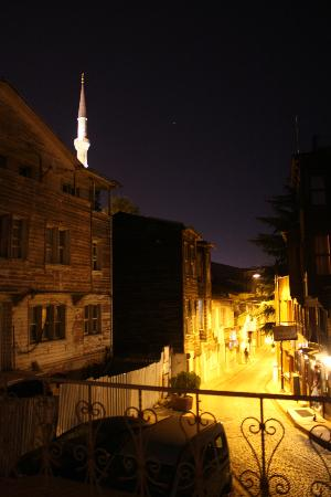 Hotel Djem: A view from the room - you can see part of the Blue Mosque