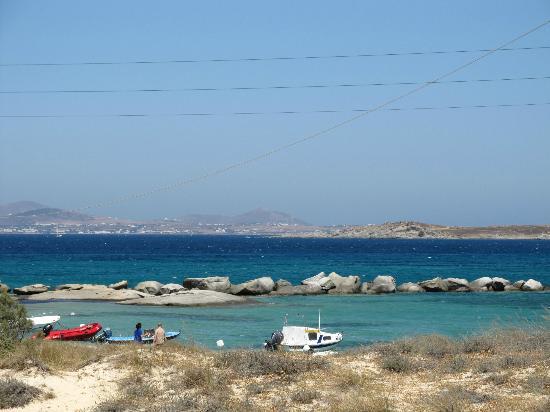 Agia Anna Beach: The blue sea at the beach from Agia Anna Naxos