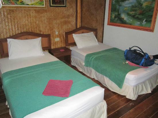 Ao Nang Friendly Bungalow: Clean beds