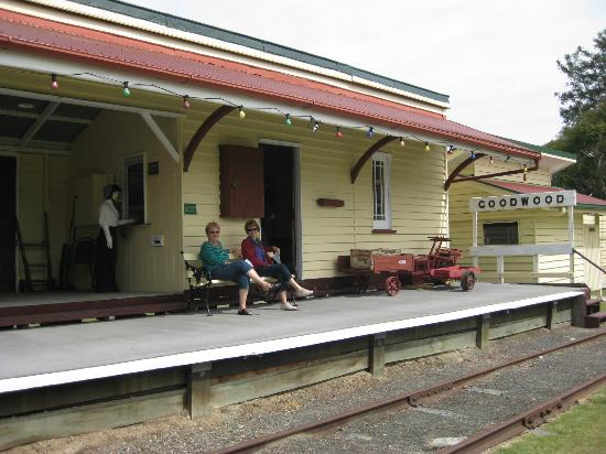 "Hervey Bay Historical Village & Museum: Relaxing at the ""old railway station"""