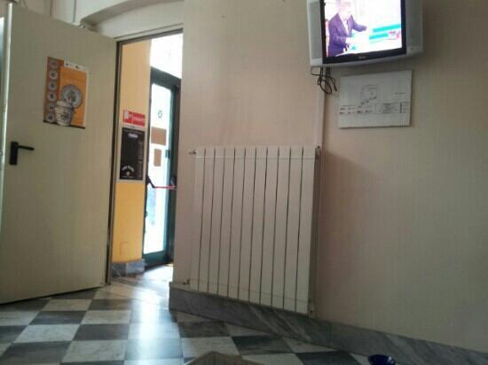 Hotel Galata : sala tv