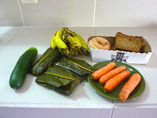 فندق ميكاسو: Lunch in the share kitchen at Mikaso 